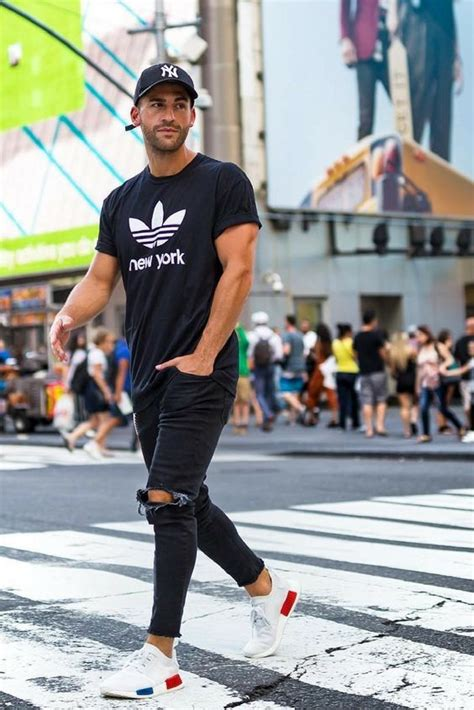 20 Stylish Ripped Jeans Spring Outfits For Men - Styleoholic