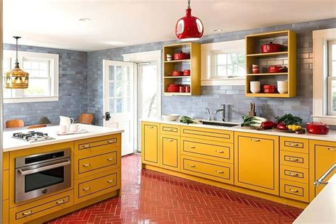 15+ Magnificent Kitchen Decor Yellow Walls