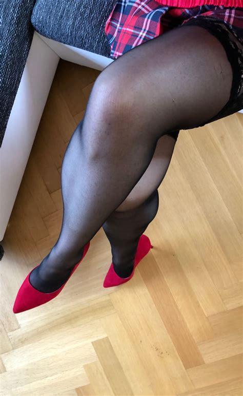 Sexy Feet Wife Nylon Stockings High Heels Hot Girl Legs