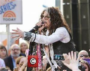 Steven Tyler Pictures | Photo Gallery | Contactmusic.com