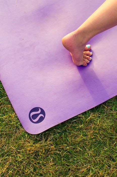 how to clean the mat lululemon 17 best images about lululemon style on vests