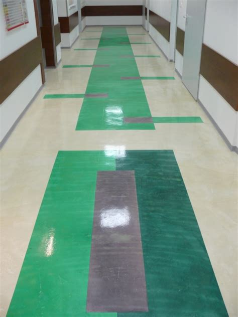 custom seamless floor built    private hospital