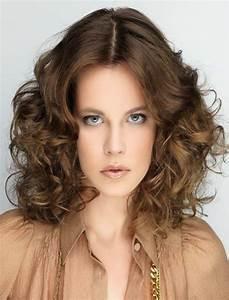 Wavy Hairstyles for Short, Medium, Long Hair – Best 46 ...  Wavy