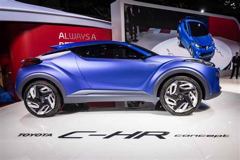 toyota  hr concept revealed   paris motor show toyota