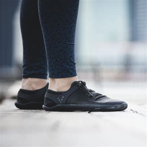 wing lux womens lifestyle exercise shoes vivobarefoot uk
