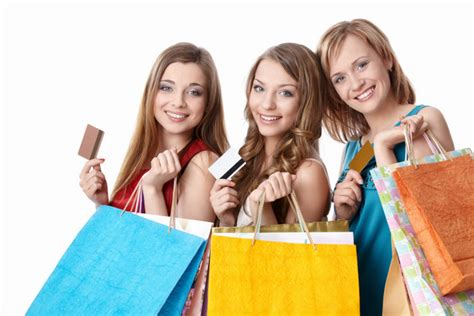 5 Things To Consider When Credit Card Shopping