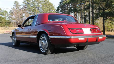 Buick Riviera 1989 by 1989 Buick Riviera W110 1 Kissimmee 2014
