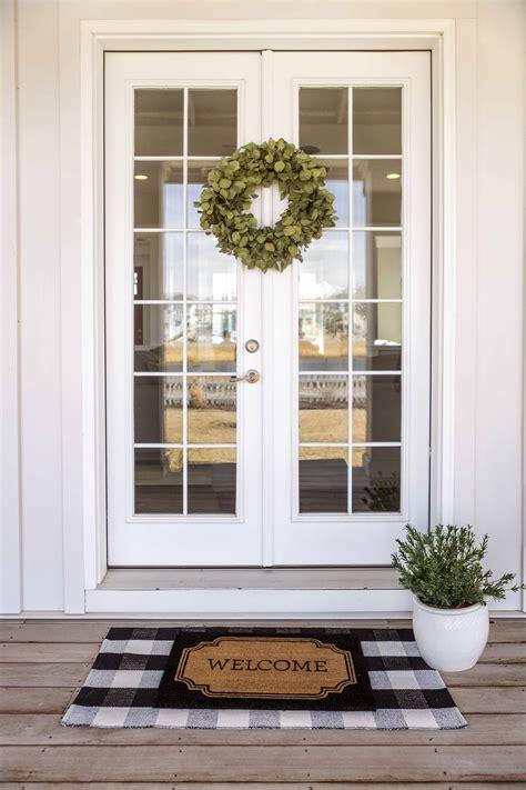 Interior Door Rugs by Guide To Layered Doormats D O O R M A T In 2019 Door