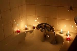 Bougies deco ambiance accueil design et mobilier for Salle de bain design avec bougie décorative oriental