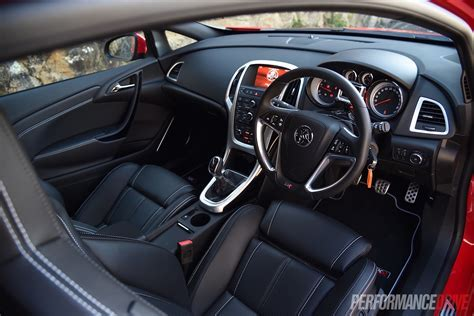 2015 Holden Astra VXR review (video)   PerformanceDrive