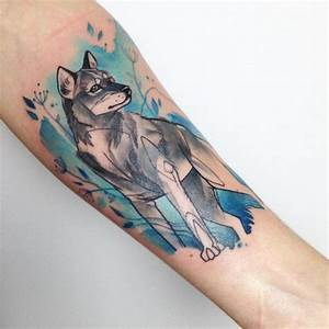 25 Wild And Mysterious Watercolor Wolf Tattoos ⋆ TattooZZa