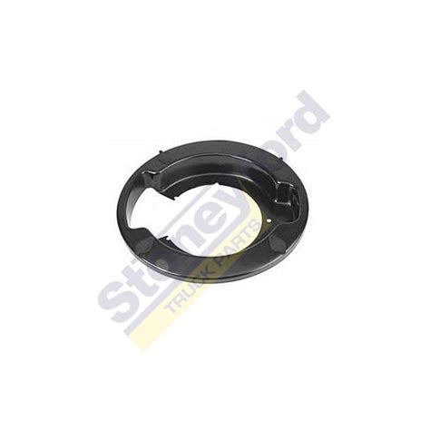 cover plate dust cover wheel bearing   cam brakes