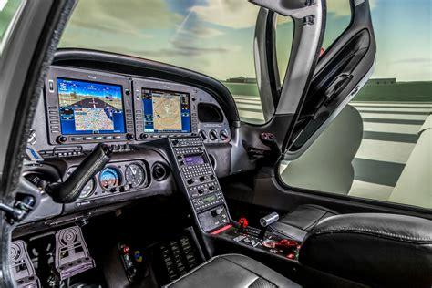 Cirrus SR20 - Frasca Flight Simulation