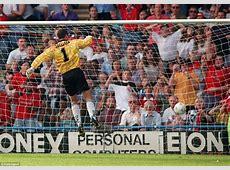 David Beckham's halfway line goal for Manchester United at