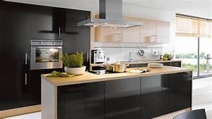 Moderne Küche Mit Kochinsel Und Theke : offene k che mit kochinsel raum und m beldesign inspiration ~ Bigdaddyawards.com Haus und Dekorationen