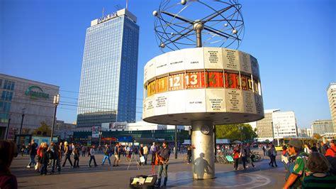 alexanderplatz  curtyard   center  berlin