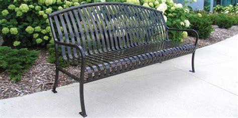 model kursi taman besi kayu  unik harga