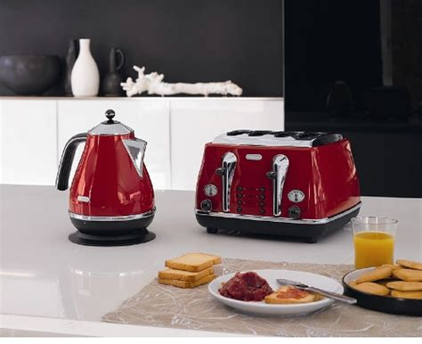 Delonghi Icona Kettle And Toaster Red