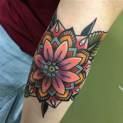 Douleur Tatouage Interieur Coude Tattoo Art