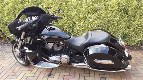 Victory Cross Country Tour Custom Touring Bagger Harley