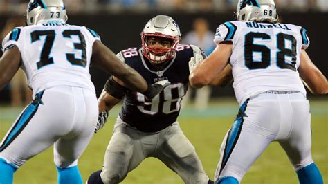 michael oher    concussion expected