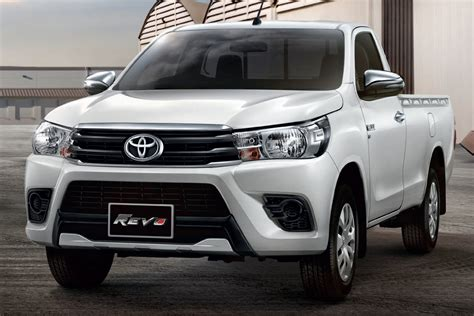Toyota Hilux Photo by 2018 Toyota Hilux Gets A Beastly Make Photos 1 Of 31