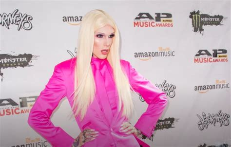 YouTube Influncer Jeffree Star confirms he and Nathan ...