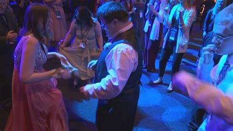 'Night to Shine' brings prom to people of all abilities