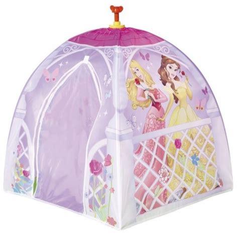 chambre fille princesse disney château tente de princesse à installer dans une chambre de