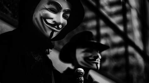 Anonymous: The Interview – Sick Chirpse