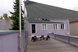 sonnensegel fã r balkon sonnensegel auf balkon befestigen sonnensegel balkon beitragsbild sonnensegel balkon