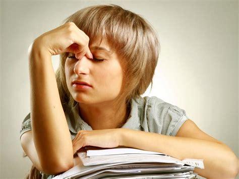 mal di testa bambini 6 anni mal di testa in aumento tra gli adolescenti bimbi sani e