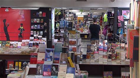 bureau de change laval carrefour une librairie renaud bray