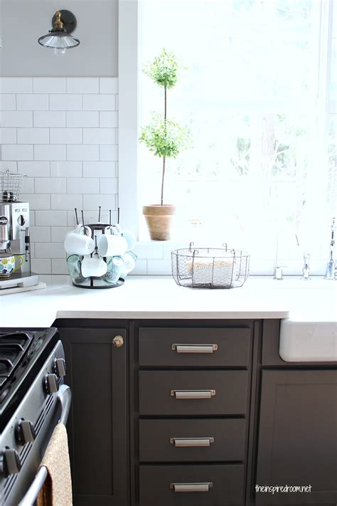 Kitchen Paint Colors With Light Cherry Cabinets by Kitchen Cabinet Colors Before Amp After The Inspired Room
