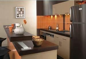 amenagement petite cuisine plan de travail ouvert sur salon With amenagement de cuisine ouverte