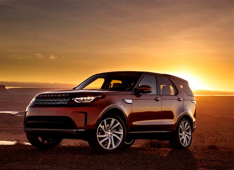 Review Land Rover Discovery by Land Rover Discovery Review Parkers
