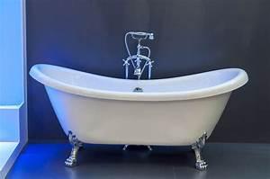 Freistehende Badewanne Mit Füßen : freistehende badewanne mit f en bilder und fotos creative commons 2 0 ~ Frokenaadalensverden.com Haus und Dekorationen