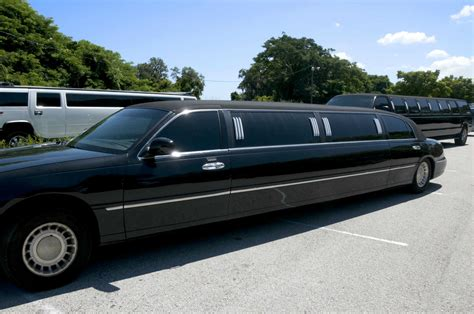 Limo Companies by Home Way 2 Go Transportation