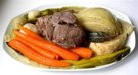 what does a chef de cuisine do pot au feu
