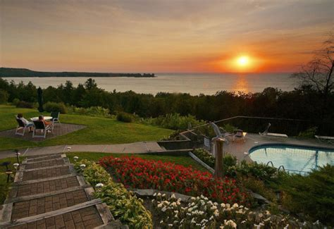 door county resorts egg harbor door county wisconsin lodging egg harbor lodge
