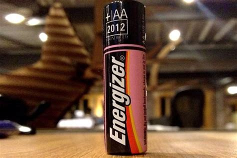 Duracell vs Energizer - Difference and Comparison | Diffen
