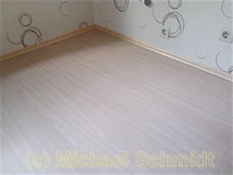 welche unterlage bei klick vinyl vinylboden und klick vinylboden verlegen die heimwerkerseite de