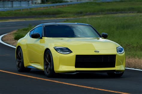 Nissan Z Proto previews retro-inspired V6 sports car | Autocar