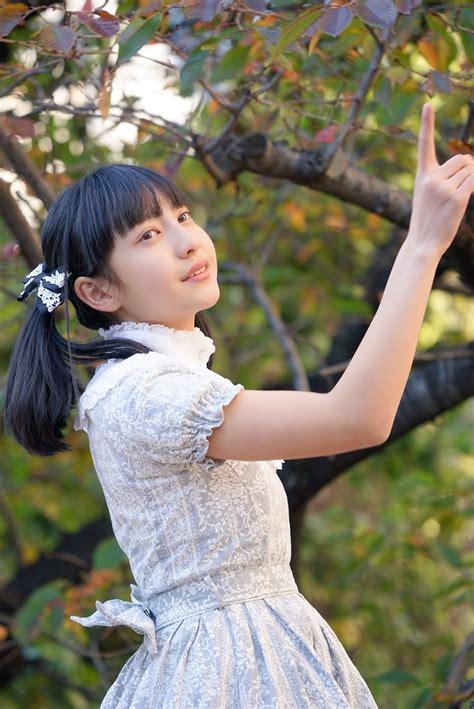 西 村 理 香 伝 説 の 少 女 投 稿 画 像