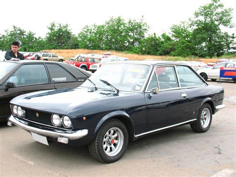 Fiat 124 Coupe #2688346