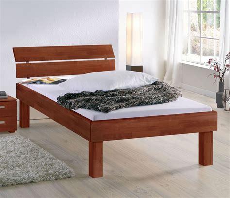 Bett Mit Hoher Liegefläche by Bett Mit Hoher Liegefl 228 Che Bett Madrid Komfort Betten De