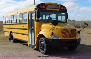 2005 International Pb10500 School Bus
