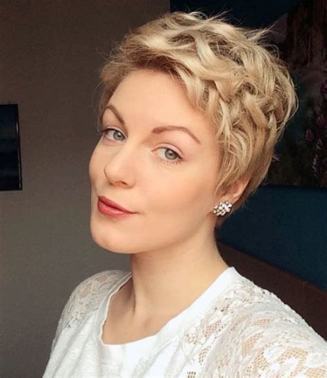 hottest short wavy curly pixie haircuts  pixie
