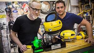 Adam Savage Meets a Weebo Animatronic Robot! - YouTube