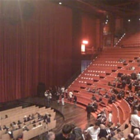 l hithe 226 tre salle 3000 spectacle lyon yelp
